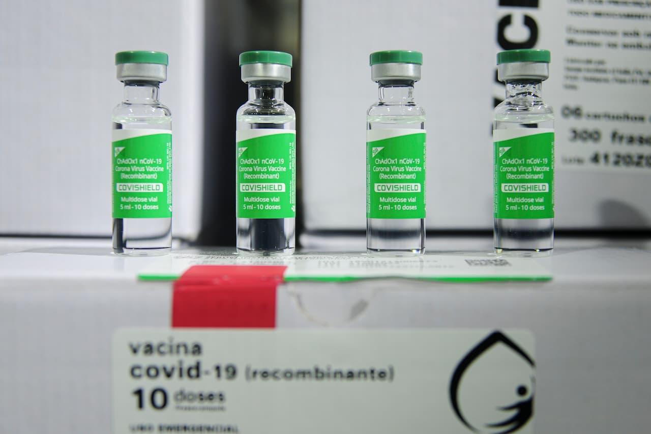 Cerca de 400 mil pessoas vão tomar a segunda dose da vacina em 2 meses