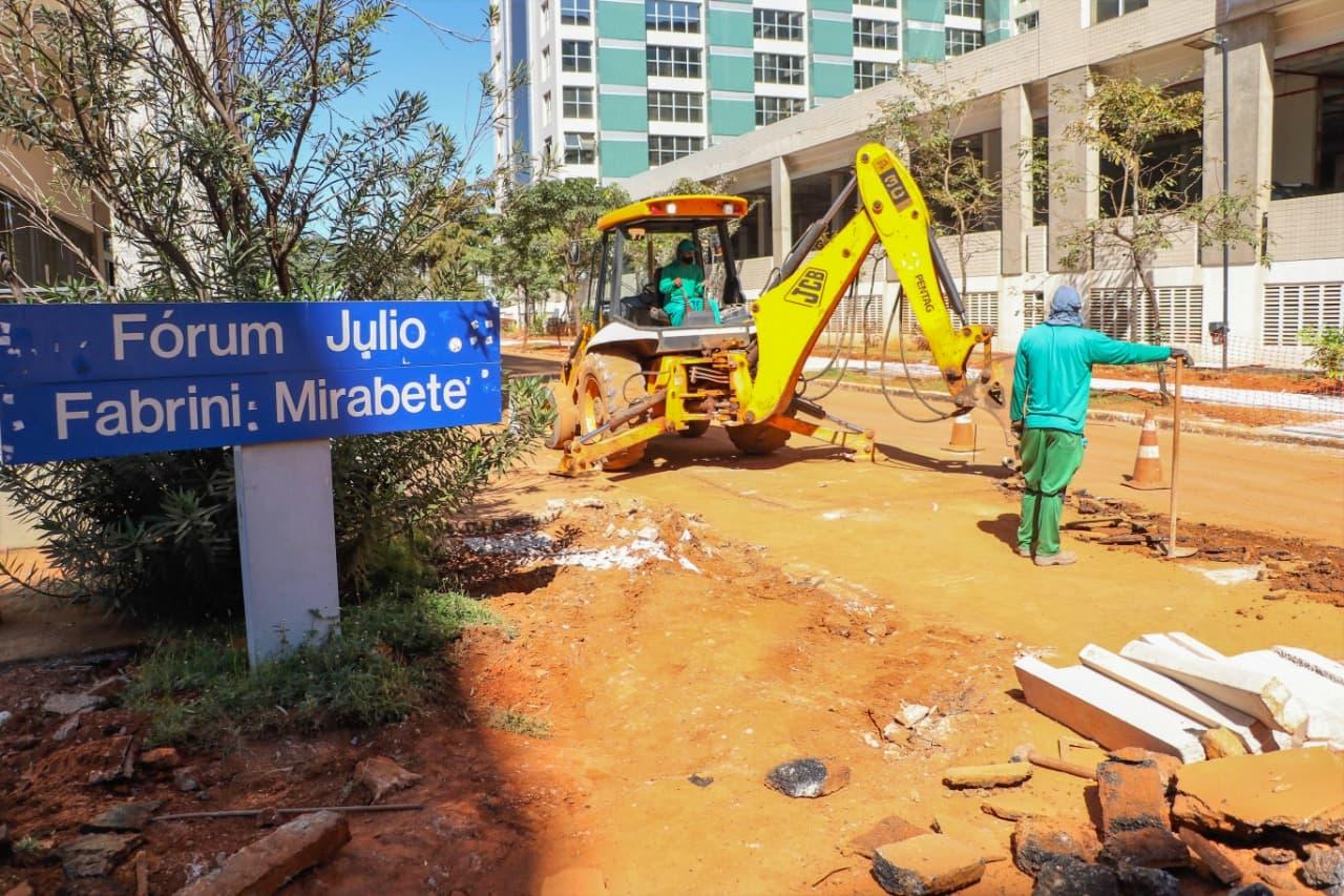 15.04.2021-SRTVS-reformado-foto2-Renato-Alves-Agência-Brasília