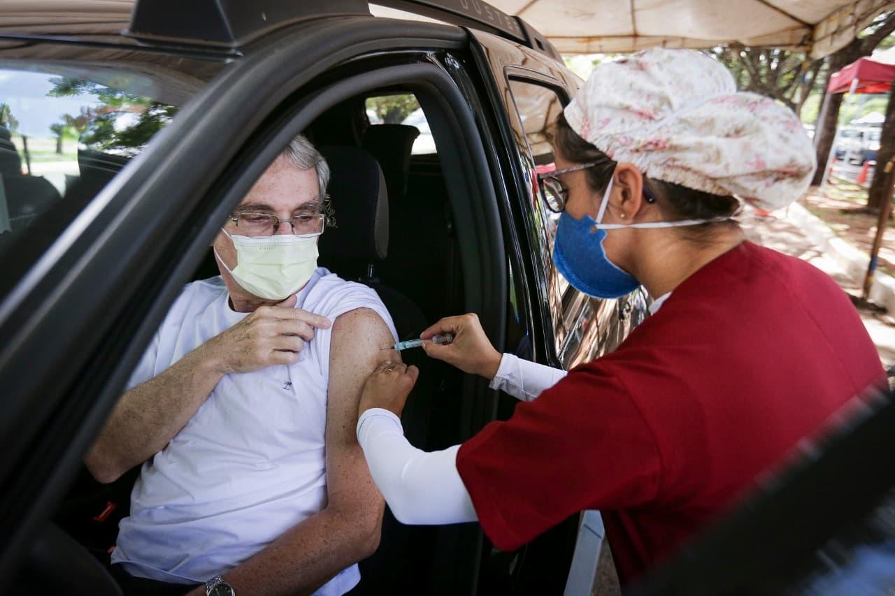 17.04.2021-vacinação-Parque_da-cidade-estacionamento-12-divulgação-Geovana-Albuquerque-Agência-Saúde-DF