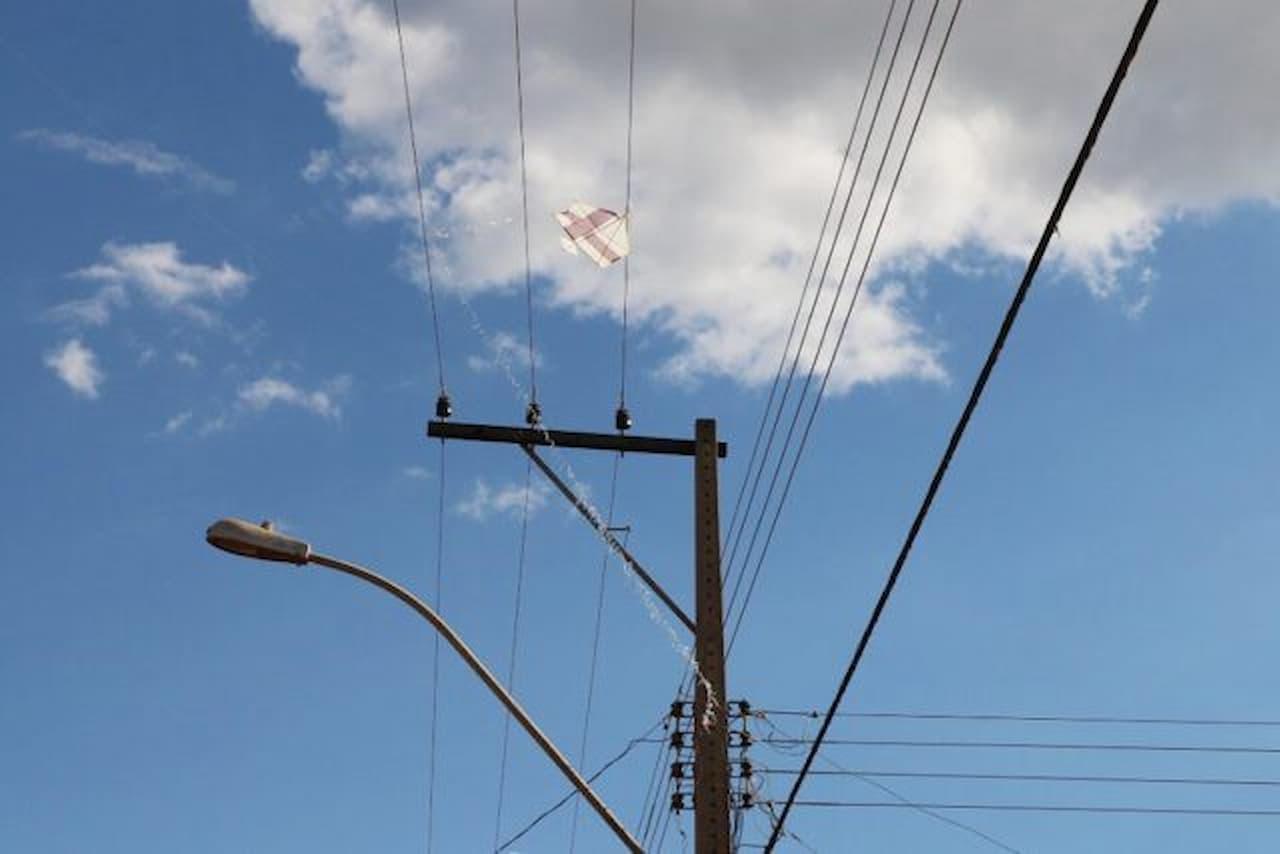 16.8-rede-elétrica-cuidados-com-pipas-foto-divulgação-Neoenergia