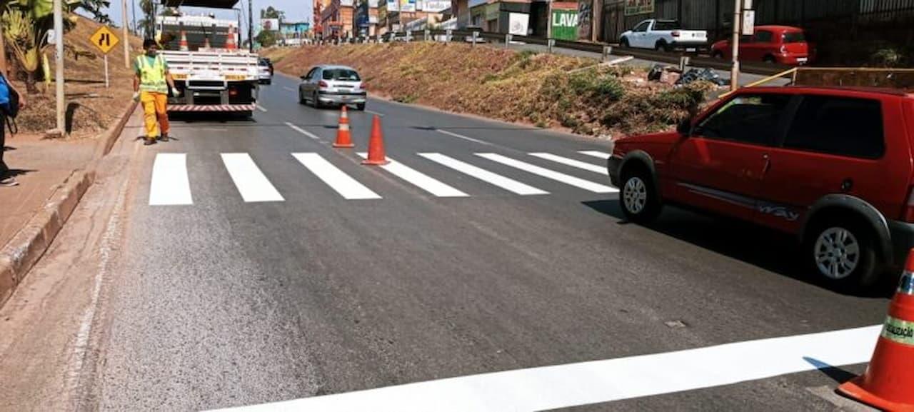 17.09-faixa-pedestre-viaduto-israel-pinheiro-foto-divulgação-DER (1)