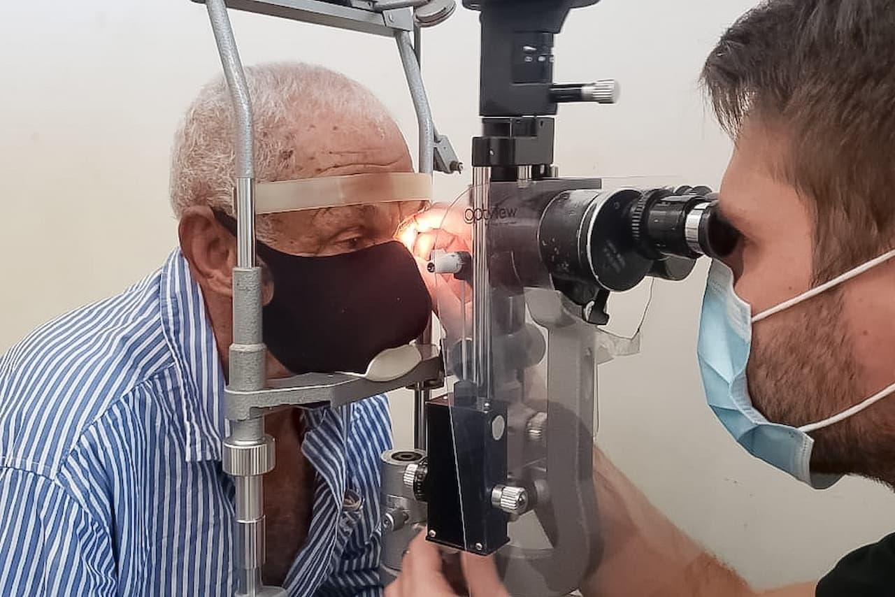 22.9-transplante-de-corneas-foto-divulgação-IGES-DF