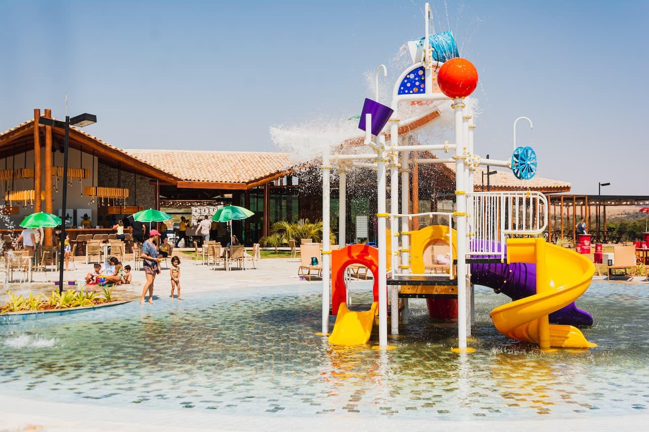parque-infantil-escarpas-eco-parque (1)